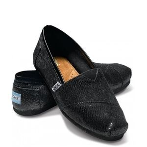 *toms* NWT black glitter canvas shoes